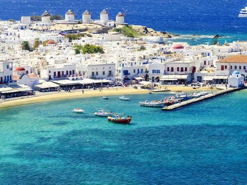 Kikötők Naxoson