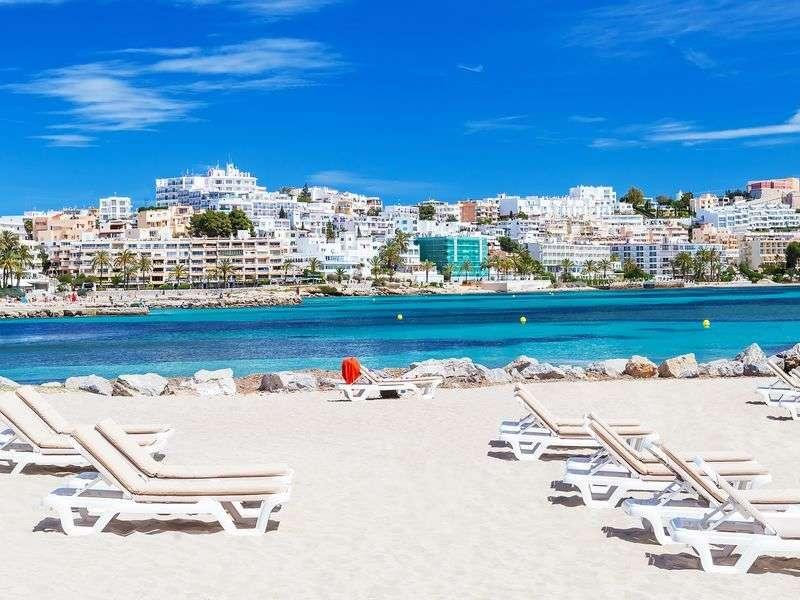 Ibiza yacht vacation