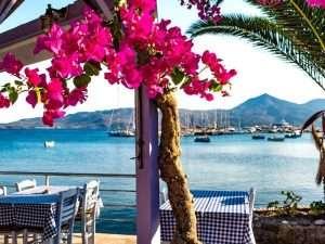 Sail in Milos