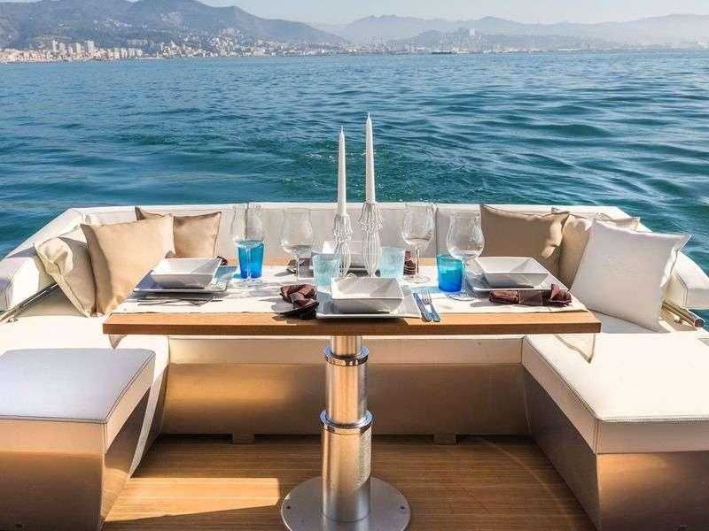 luxus yacht berles