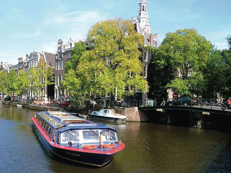 Csatornahajó bérlés Hollandiában