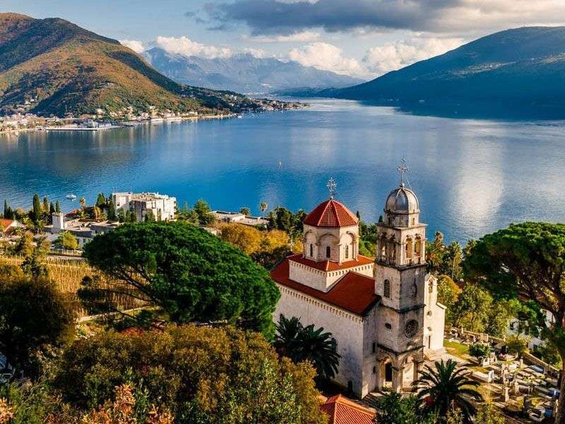 Yachtos nyaralás Herceg Novi