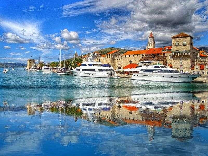 Kikötők Brač környékén