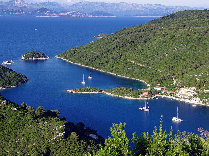 Vitorlázás Velencéből Horvátországba