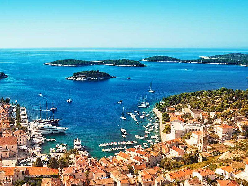 Vitorlázás Splitből Hvar-szigetre