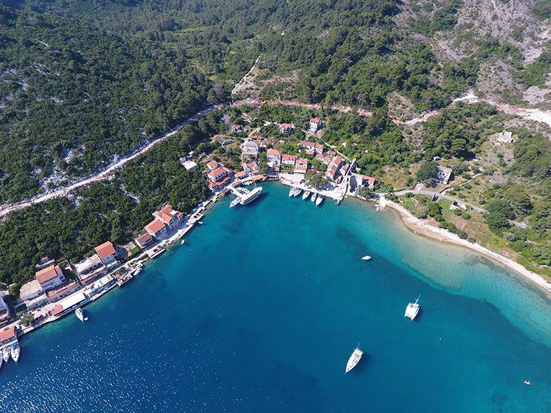 Kikötők Orebić környékén