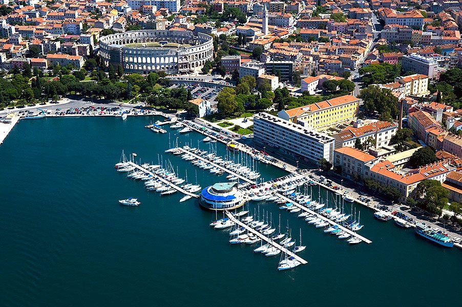 Kikötők Rovinj környékén