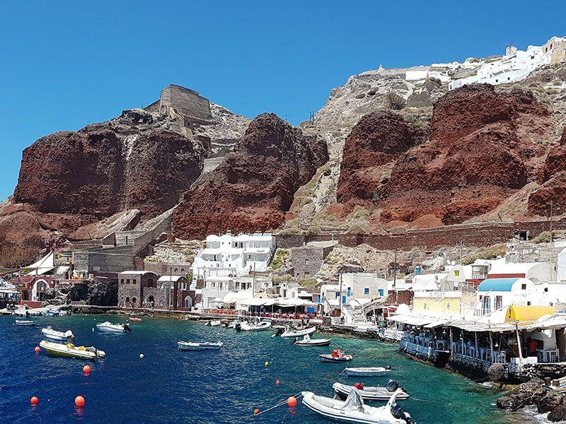 Kikötők és szigetek Antiparos környékén