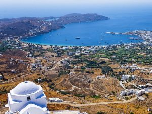 Yacht tours in Serifos